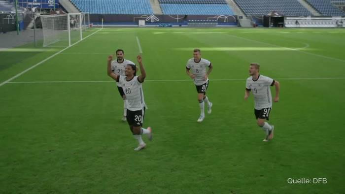 Video: EM-Look fürs DFB-Team: Weißes Shirt mit «Nadelstreifen»