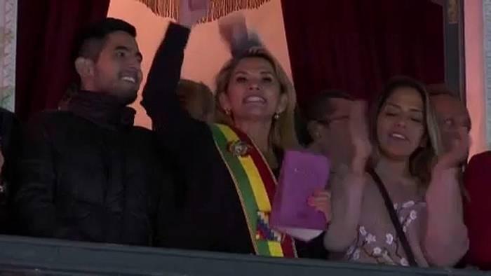 News video: Bolivien: Senatorin Jeanine Añez wird Interimspräsidentin