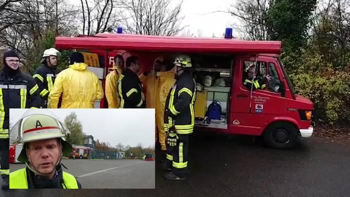 News video: Großensatz der Feuerwehr: Chemische Reaktion in Lichtenberg (NRW)