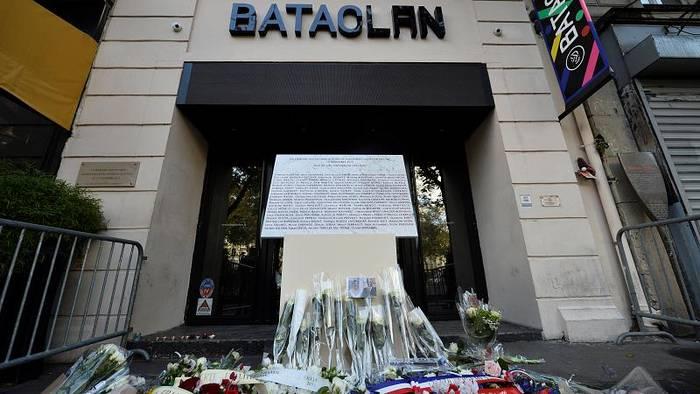News video: Frankreich gedenkt der Anschlags-Opfer vom 13. November 2015