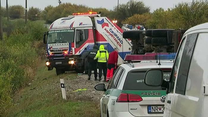 News video: 12 Todesofer bei Busunfall nahe Nitra