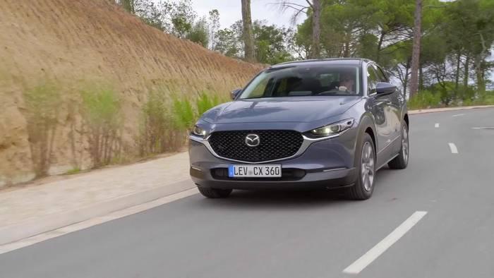 Video: Mazda MX-30 - Ein Elektroauto für Umwelt und Fahrer