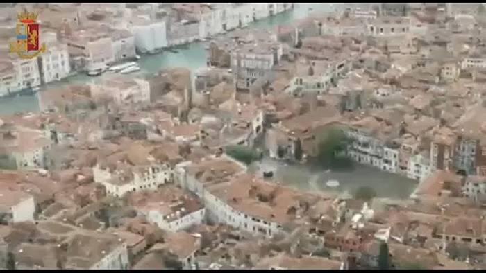 Video: Keine Hochwasser-Entwarnung für Venedig
