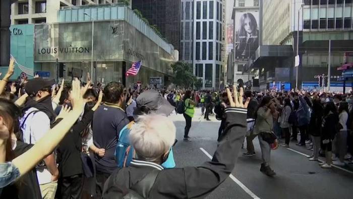 News video: Proteste: Hongkongs Wirtschaft in Rezession