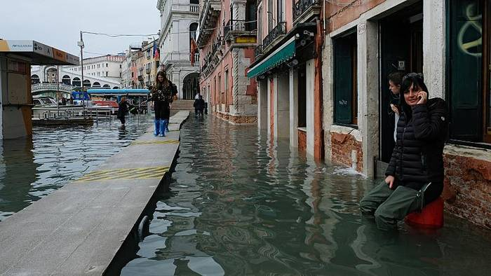 News video: 1 Milliarde Euro? Hochwasser in Venedig wird teuer