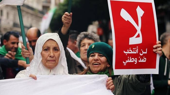 News video: Kein Ende in Sicht: Algerien protestiert am 40. Freitag in Folge