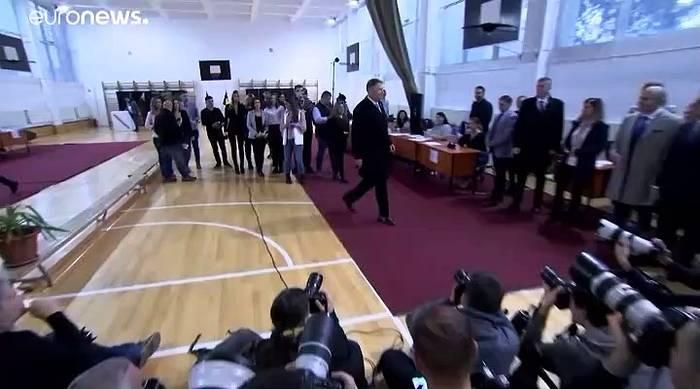 News video: Rumänien: Wer gewinnt die zweite Runde der Präsidentenwahl?