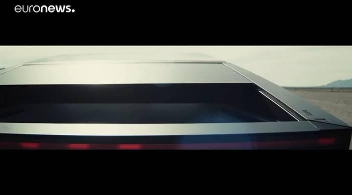 News video: Tesla meldet knapp 150.000 Vorbestellungen für Cybertruck