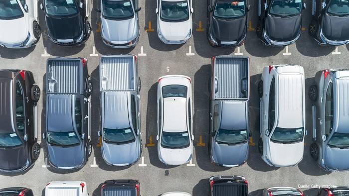 Video: Schwarz, Weiß & Grau: Das sind die beliebtesten Autofarben