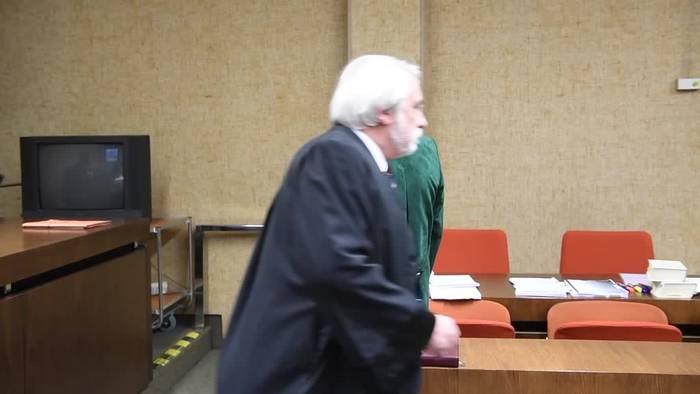 News video: Unfall mit drei Toten: Angeklagter schweigt vor Gericht
