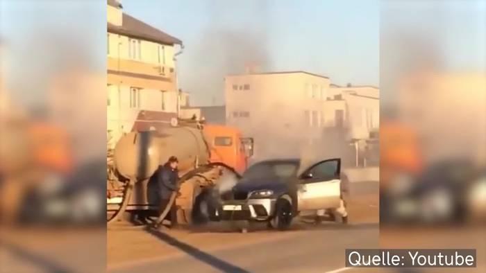 News video: Shit! Feuer mit Gülle gelöscht!