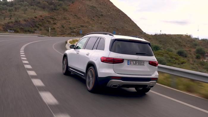 Video: Der neue Mercedes-Benz GLB - Für Familie & Freunde