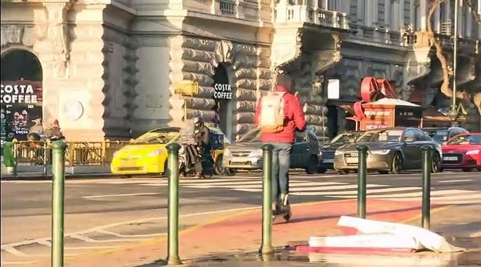 "News video: E-Scooter – das ""neue iPhone"" im rechtsfreien Raum?"
