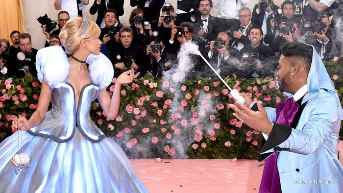 News video: Zendaya verrät Geheimnis um Cinderella-Look
