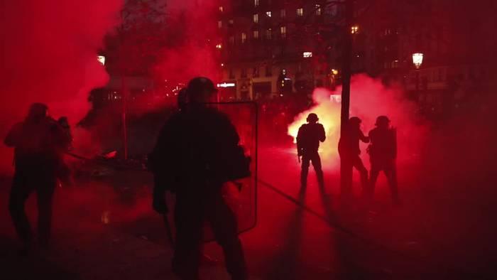 News video: Ausschreitungen bei Protest gegen Rentenreform in Frankreich