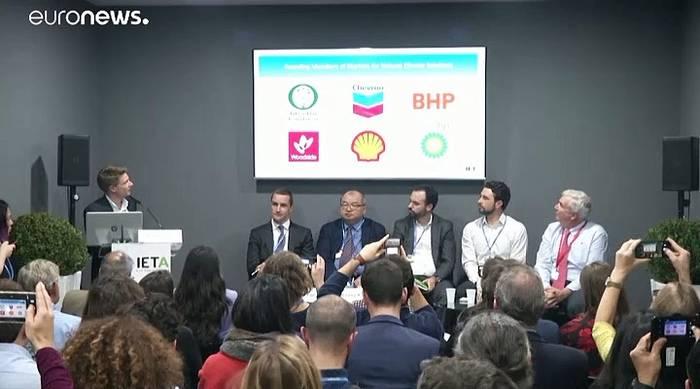 Video: Greta Thunbergs Klimastreik bei COP25 - Aktivisten gegen Ölkonzerne