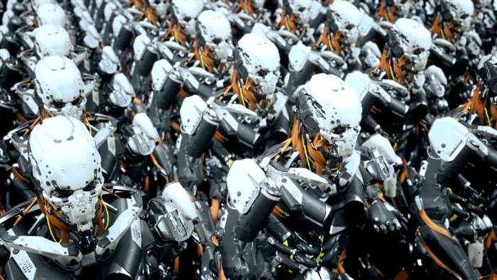 Video: Ziehen bald Roboter-Soldaten in den Krieg?