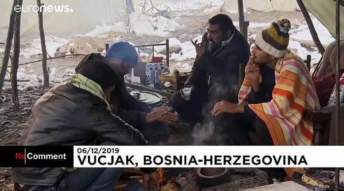 Video: Bosnische Regierung schließt umstrittenes Migranten-Camp Vucjak