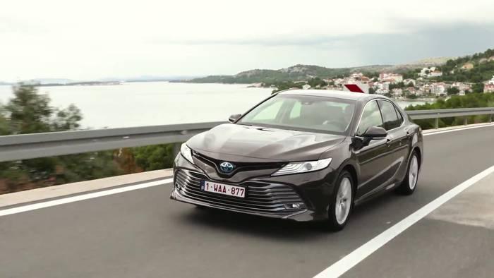 News video: Der neue Toyota Camry Hybrid Überblick