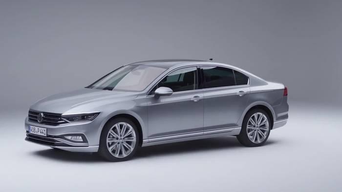 News video: Neuer Passat wird als erster Volkswagen teilautomatisiert mit Reisegeschwindigkeit fahren
