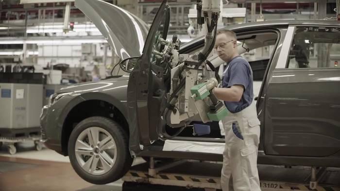 News video: Der neue Maßstab in der Kompaktklasse - Verkauf des neuen Volkswagen Golf beginnt