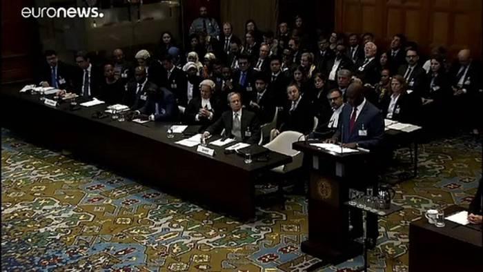 Video: Völkermord-Prozess: Aung San Suu Kyi will Stellung beziehen