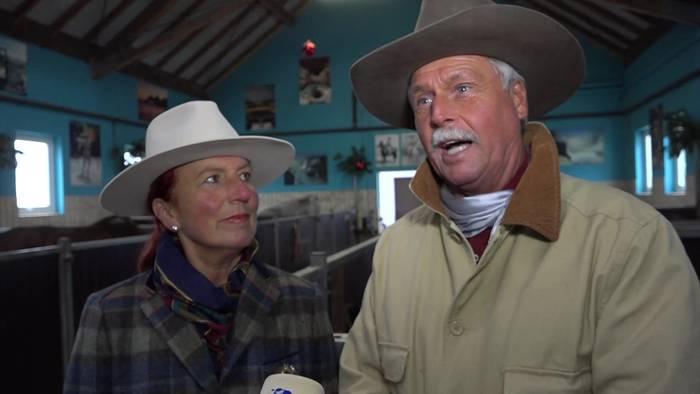 Video: Weihnachtliche Tiergeschichten: Das Pferde-Kleeblatt der Gut Aiderbichl Ranch