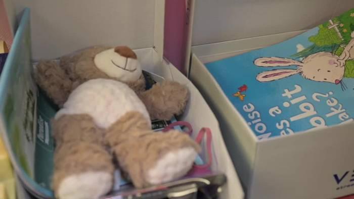News video: Weihnachten im Schuhkarton - Päckchen für Kinder in Not
