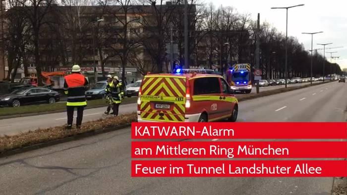 Video: Brand in München: Behörden lösten zwischenzeitlich KATWARN aus - Feuerwehr nennt aktuellen Stand