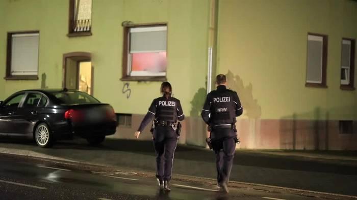 News video: Kinderpornografie-Durchsuchung: Junge im Schrank gefunden