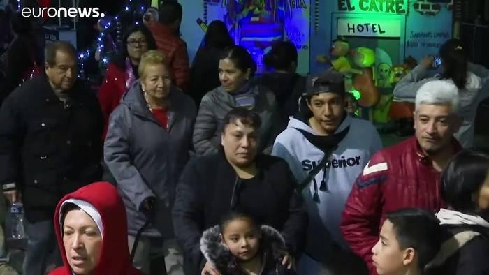 Video: Mexikaner pilgern zum Baby-Jesus