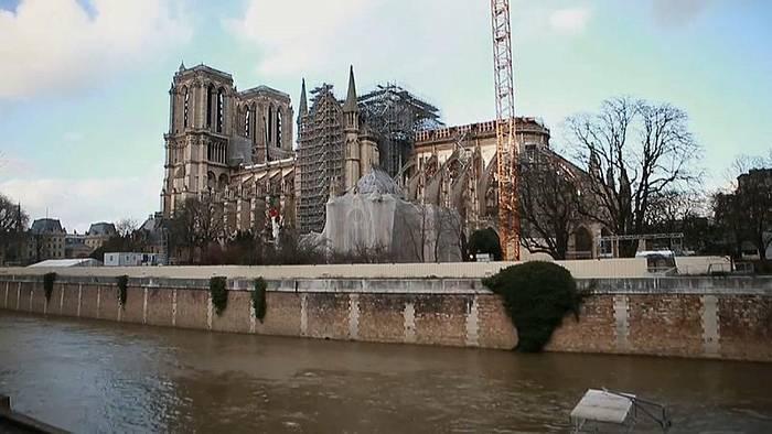 Video: Nach Brandkatastrophe: Stille Nacht in Notre-Dame