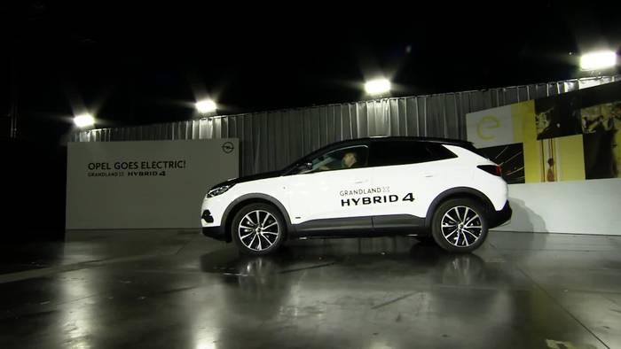 Video: Opel wird elektrisch - CEO Lohscheller präsentiert neuen Corsa-e