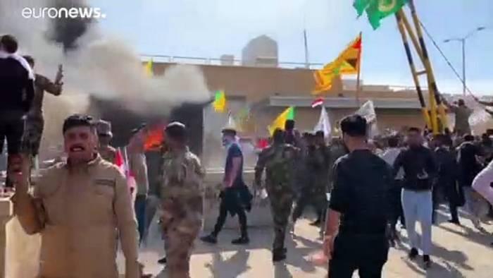 News video: Demonstranten attackieren US-Botschaft im Irak