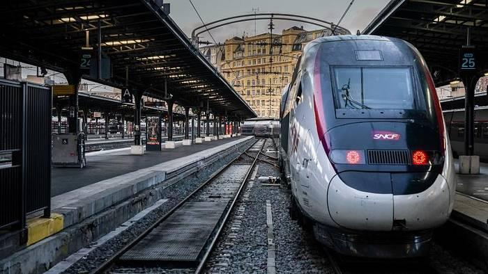 Video: Revolution auf Schienen: Frankreichs Bahn ist nun Aktiengesellschaft