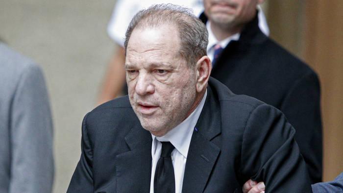 Video: Harvey Weinstein: Der Richter lässt sich nicht abservieren