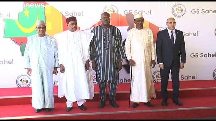 Video: Gewalt in Sahel-Zone: Macron lädt zu Anti-Terror-Gipfel