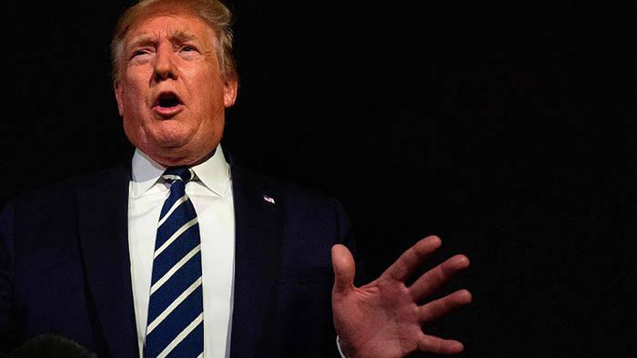 News video: Trump verärgert Muslime mit Fake-Foto von Pelosi