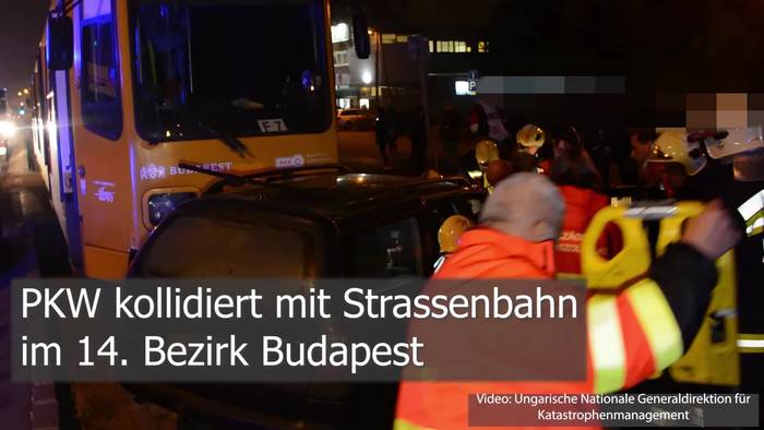 News video: PKW kollidiert mit Strassenbahn: Person eingeklemmt!