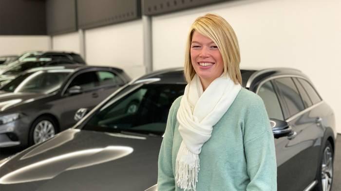 News video: Julia Armbruster: Meisteranwärterin im Presswerk von  Mercedes