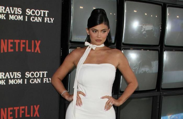 News video: Berichten zufolge werden Kylie und Kendall Jenner verklagt