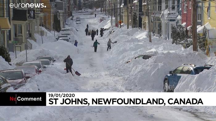 News video: Nimm doch mal die Schaufel! Kanadische Provinz versinkt im Schnee