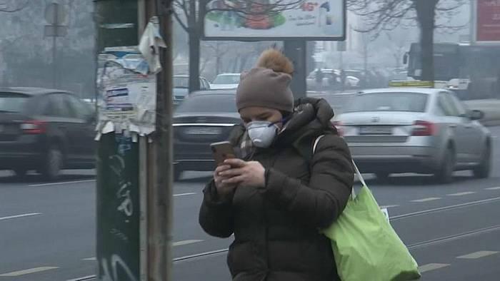 Video: Gesundheitsgefährdende Luftverschmutzung in Sarajevo: Kostenloser Nahverkehr geplant