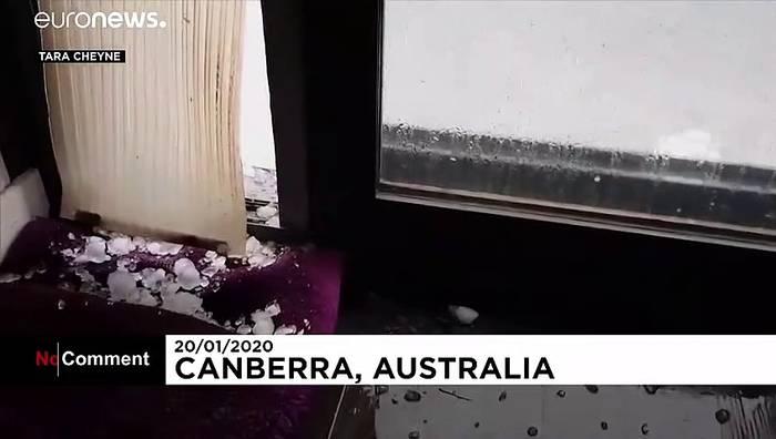 Video: Riesige Hagelkörner in Canberra: Verbeulte Autos, beschädigte Gebäude