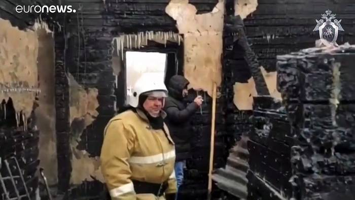 News video: Elf Tote bei Brand in Holzhaus in Sibirien
