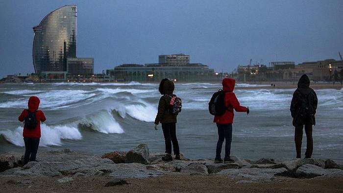 News video: Sturmtief Gloria: starker Schneefall in Spanien, 4 Tote