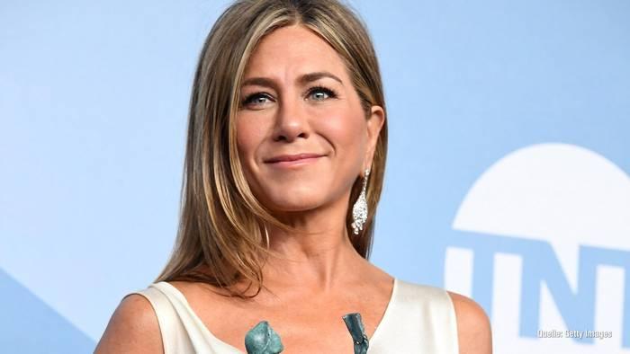 News video: Jennifer Aniston: So litt sie für ihren Look bei SAG Awards