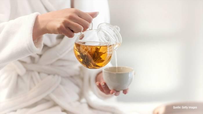 News video: Diät mit Tee? So nehmt ihr schneller ab!
