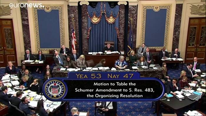News video: Nach 13 Stunden Debatte: Senat beschließt Impeachment-Regeln