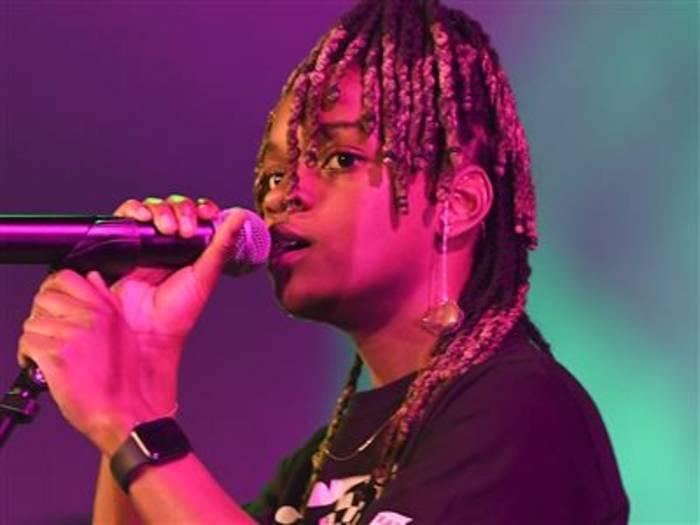 Video: Die Reggae Sängerin Koffee schreibt Songs für Rihanna